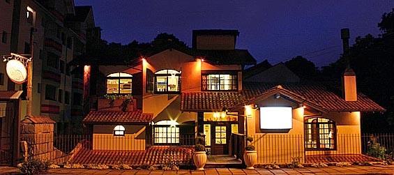 Hotel Pousada Encantos Da Terra em Gramado